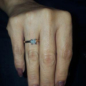 Anillo 14k diamante.  .75
